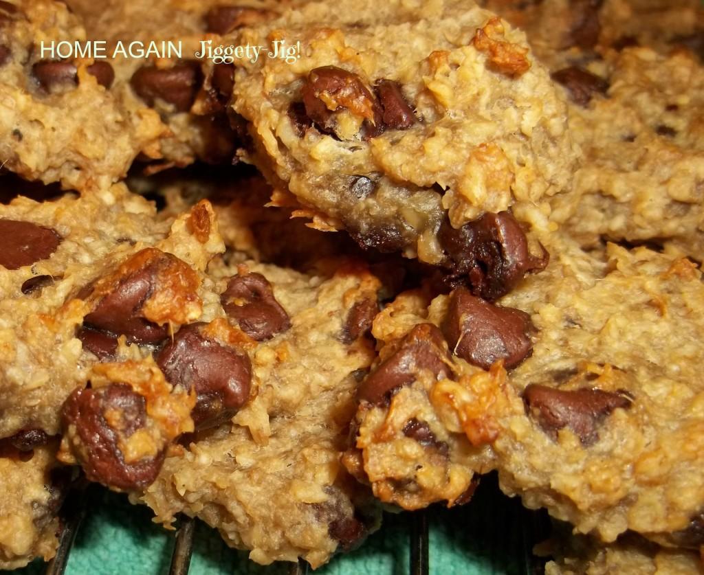 OATMEAL BANANA CHOCOLATE CHIP COOKIES | HOME AGAIN Jiggety-Jig!