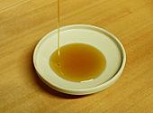 170px-Sesame_oil[1]