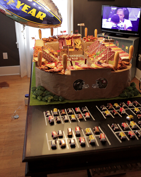 super-bowl-snack-stadium[1]